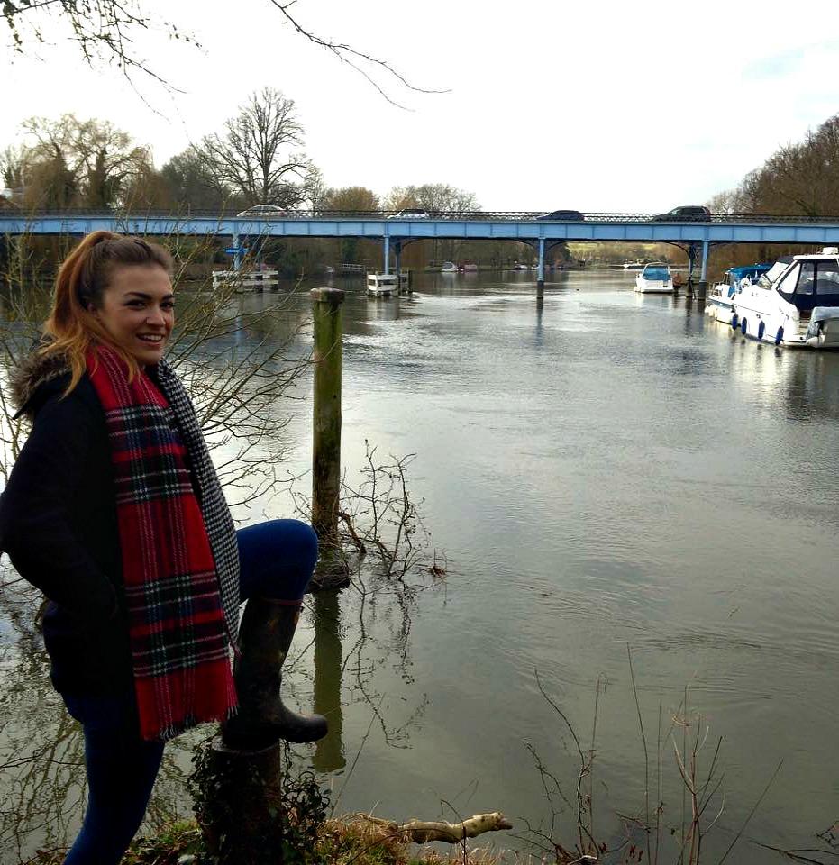 Cookham Bridge Pose