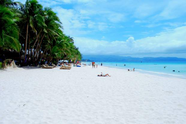 boracay-beach-boat-station-2