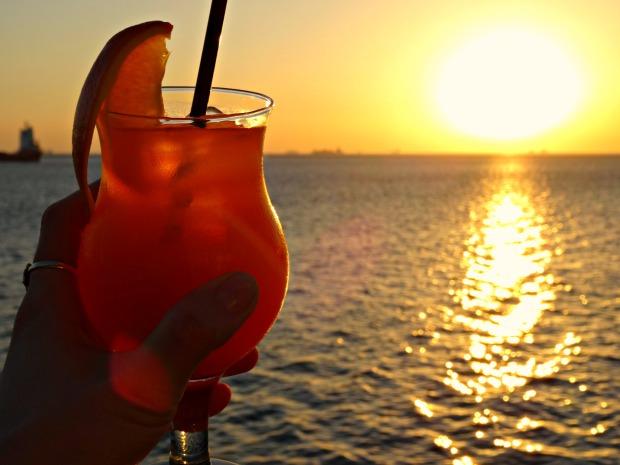 manila sunset cocktail